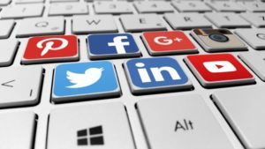 social media marketing features